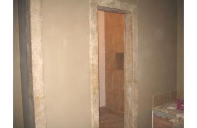 Дверной откос из мрамора Emperador Light